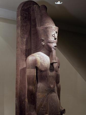 Amenhotep III, Quartzite Statue