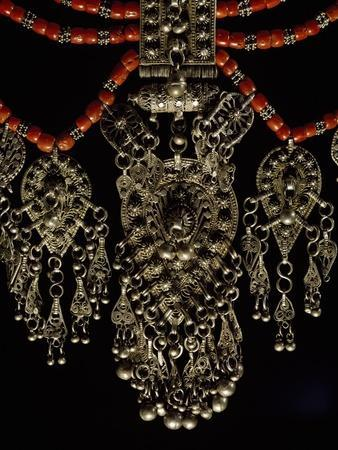 Bowsani-Style Lazem Necklace Composed of Five Strands of Coral Beads and Filigreed Silver Pendant