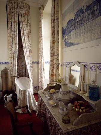 France, Chevreuse, Chateau De Breteuil, Toilette Interior