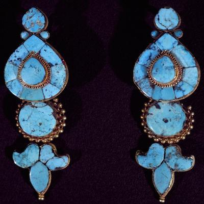 Turquoise and Gold Earrings Worn by the Women of Lhasan High Society