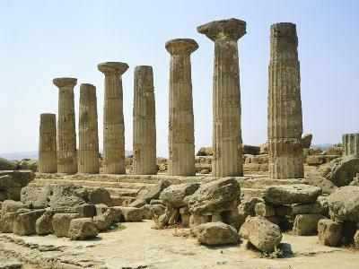 Italy, Sicily, Agrigento, Valley of the Temples, Temple of Hercules