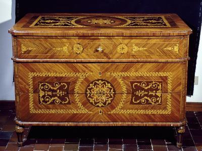 Neoclassical Style Chest, Giuseppe Maggiolini Style, Italy