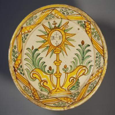 Serving Platter Decorated with Monstrance, Maiolica, Ariano Irpino Manufacture, Campania, Italy