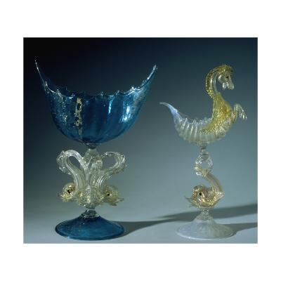 Aquamarine Food Stand with Shell-Shaped Gold Leaf