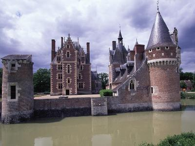 Chateau Du Moulin, Ca 1495, Lassay-Sur-Croisne, France