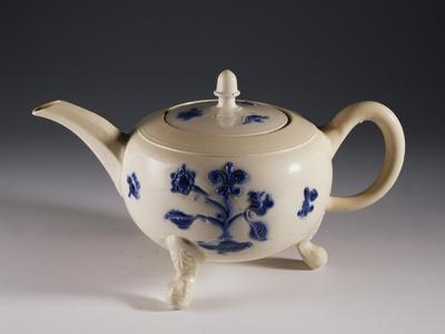 Teapot with Oriental-Inspired Floral Decorations, Ca 1740