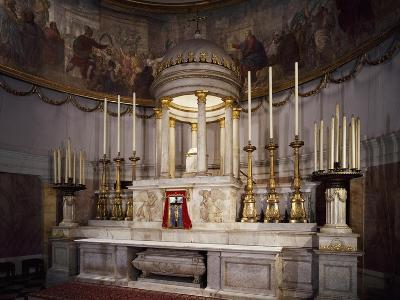 Altar and Apse, Church of Sant'Antonio Taumaturgo, Trieste, Friuli-Venezia Giulia