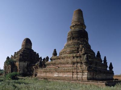 Myanmar, Bagan, Seinnyet Nyima Pagoda and Seinnyet Ama Temple, 11th-12th Century