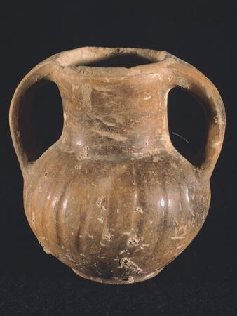 Vase with Engraved Lines, Osco-Samnite Manufacture, Campania, Italy
