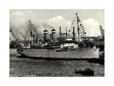 Hapag, Dampfschiff Oceana Am Hafen, Schlepper