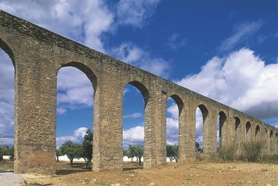 Portugal - Evora, Aqueduct 'Aqueduto Da Agua De Prata'