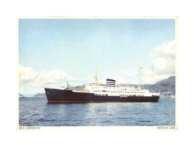 Bergen Line, M.S. Nordlys, Dampfer an Der Küste