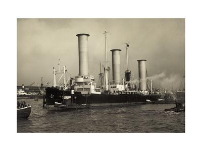 Flettner Rotorschiff Barbara Im Hamburger Hafen