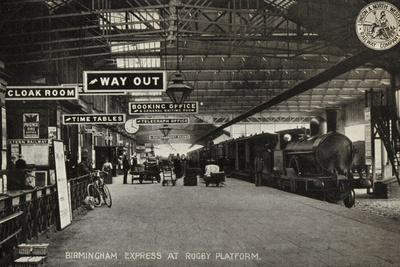 Birmingham Express at Rugby Platform