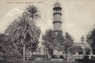 Tomb of Emperor Jahangeer in Lahore