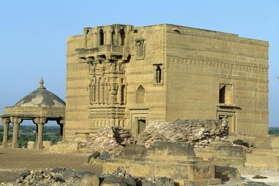 Pakistan, Necropolis of Makli Hill, in Sindh Region, Indus Civilization