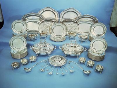 Silver Dinner-Set