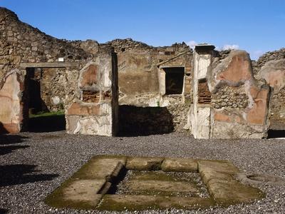 Italy, Pompeii, the House of Adonis, Atrium