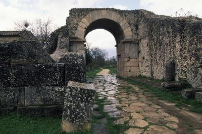 Bojano Gate, Ancient Roman City of Saepinum, Sepino, Molise, Italy