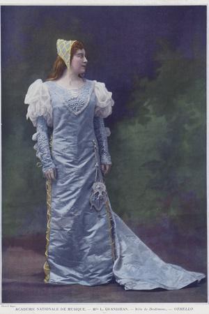 Louise Grandjean as Desdemona in Othello