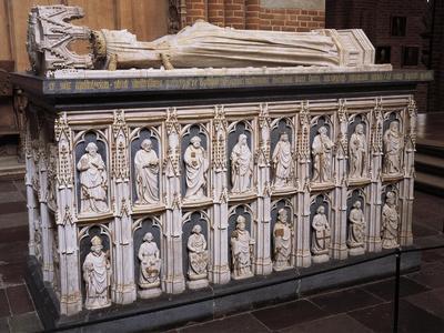Queen Margaret's Tomb
