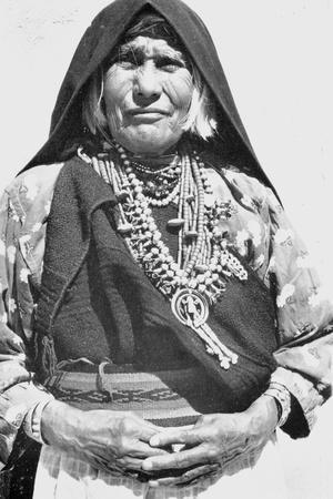 Pueblo Woman and Squash Blossom, 1930