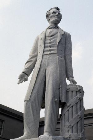 Monument to US President Abraham Lincoln