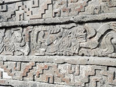 Mexico, Coatepantli