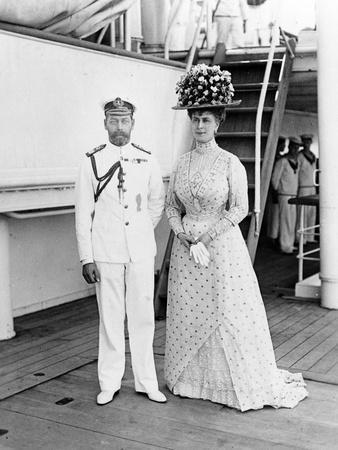 Their Majesties at Aden, 1911