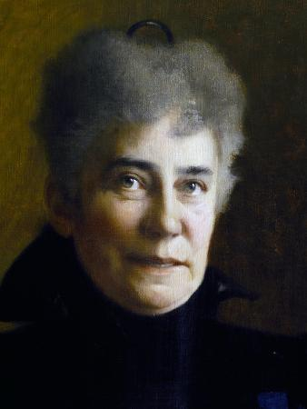 Portrait of Lucie Wolf