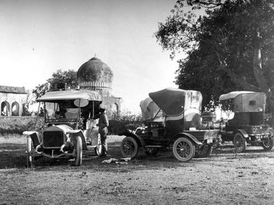 Motorcars, India, C.1907