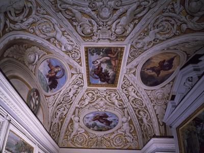 Vault of Chapel, Frescoes