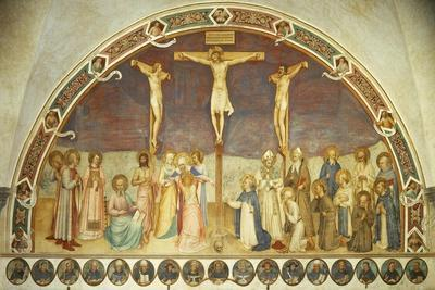 Crucifixion with Saints, by Giovanni Da Fiesole, known as Fra Angelico