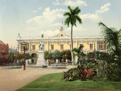 Palacio Del Gobierno General and Plaza De Armas, Habana, 1900