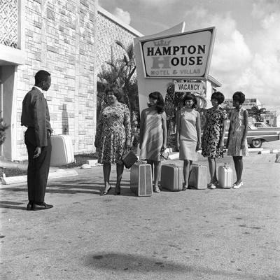 Beauty Contestants Arrive at the Hampton House Motel, August 16, 1967
