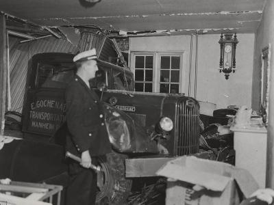 Autocar Truck - the Uninvited, Morrisville, Pa, 8th December, 1947