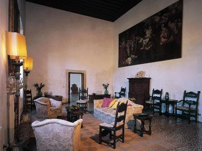 Glimpse of Hall of Prosecutor, Villa Pisani-Bonetti