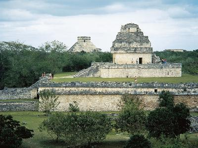 The Astronomical Observatory known as Caracol, Chichen Itza