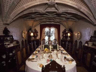 Private Dining Room in Palacio Nacional Da Pena, Sintra