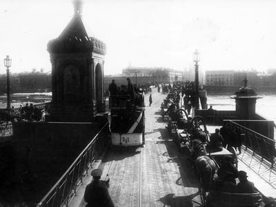 Crossing the Nicholas Bridge from Vasilievsky Island, St Petersburg, 1903