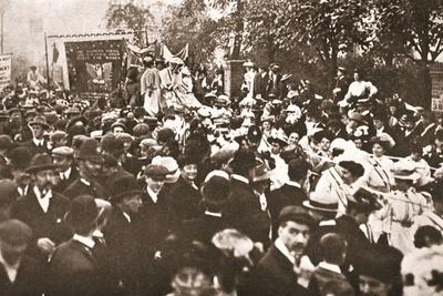 Procession to Celebrate Mrs Emmeline Pethick Lawrence's Release from Prison, 17th April 1909