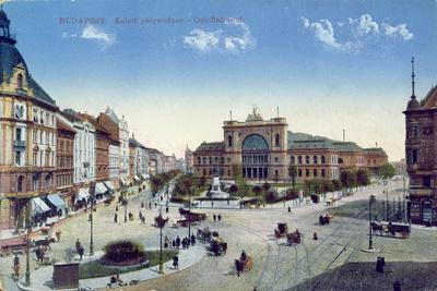 Postcard Depicting the Keleti Palyaudvar Station in Budapest, Hungary, C.1900