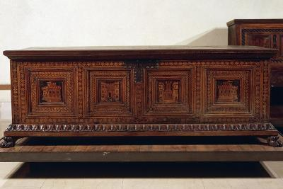 Renaissance Walnut Lombard Wedding Chest