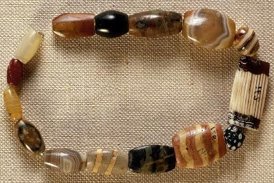 Necklace of Agate