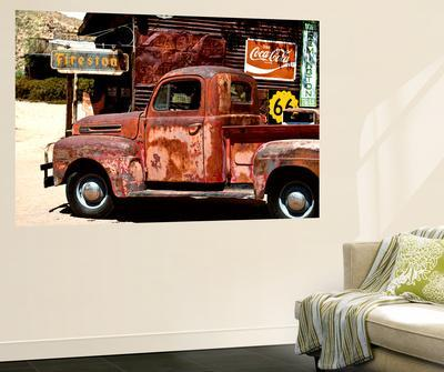 Wall Mural - Truck of Route 66 - Gas Station - Arizona - USA