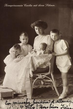 Kronprinzessin Cecilie Mit Ihren Söhnen, Npg
