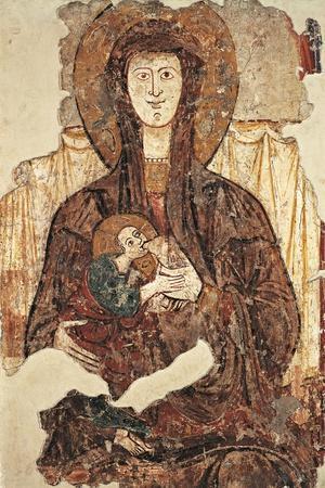 Madonna Breastfeeding