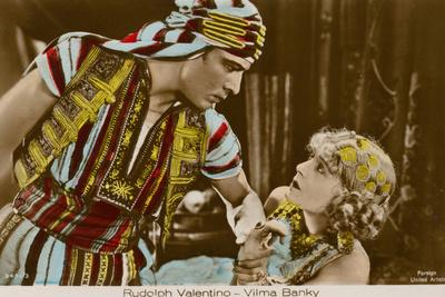 Rudolph Valentino and Vilma Bank in the Son of the Sheikh