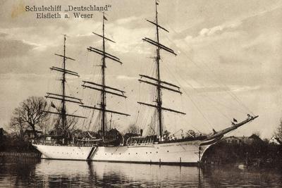 Elsfleth A. Weser, Schulschiff Deutschland