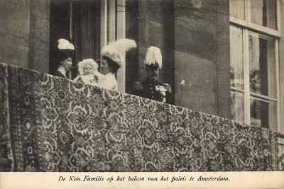 Amsterdam, Königliche Familie Auf Dem Balkon